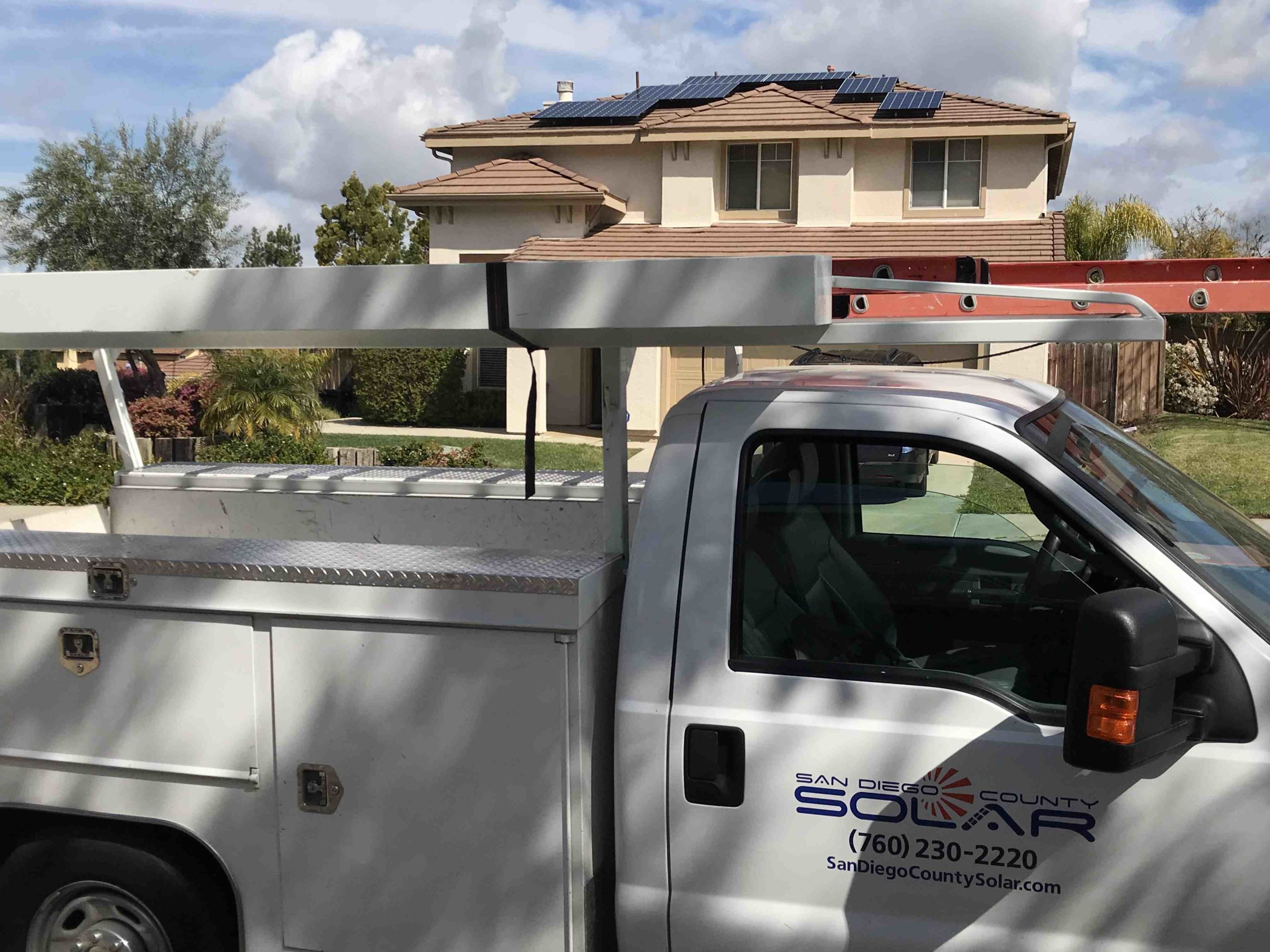 How much it cost to install solar panels at home in Philippines?
