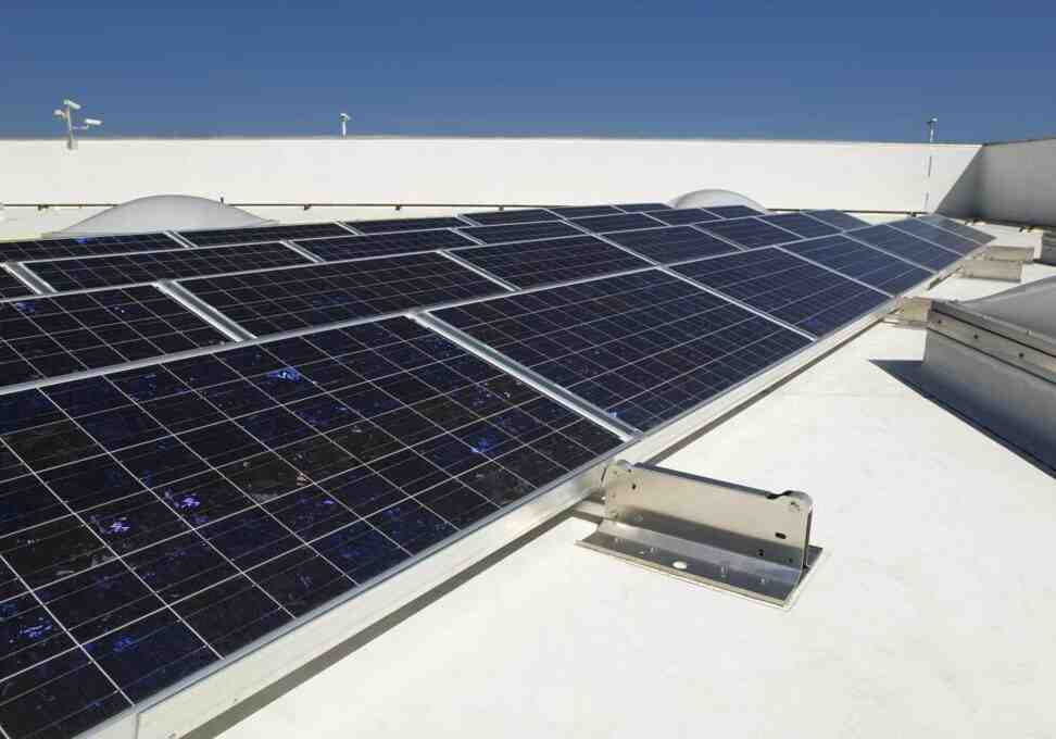 How much does a solar roof cost?