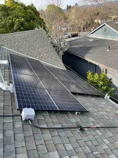 Is a solar installer an electrician?