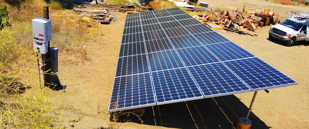 What are the 2 main disadvantages to solar energy?