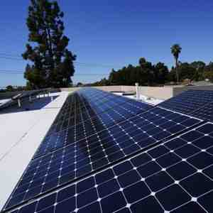 Which company solar panel is best in India?
