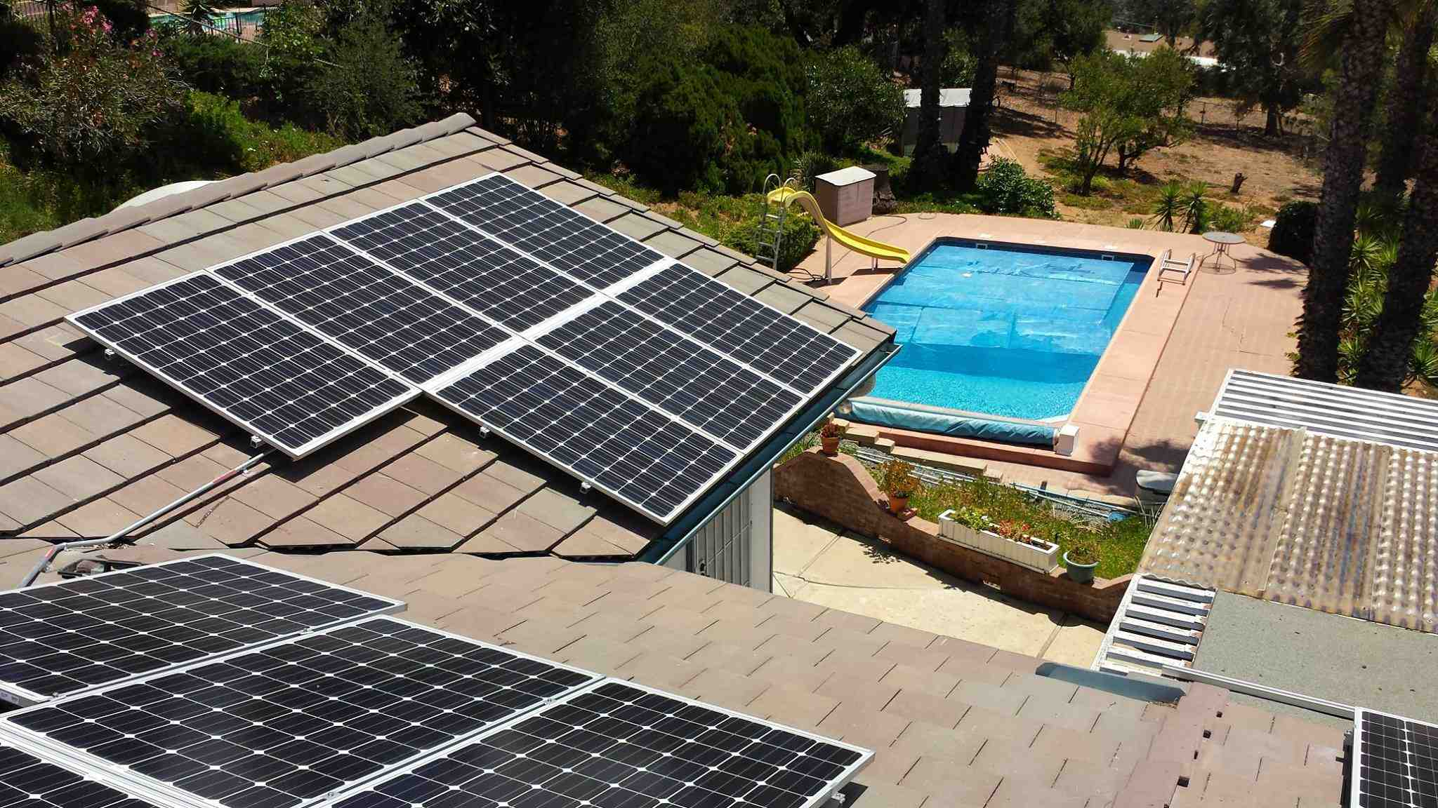 Do solar companies pay for a new roof?