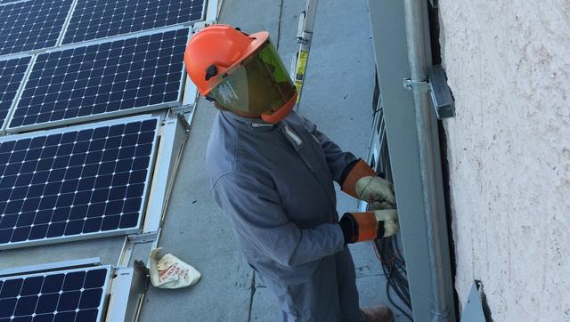 Solar Installers 92058